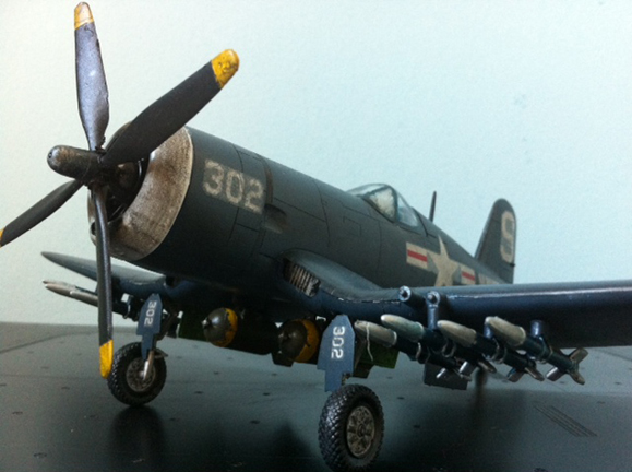 1/48 Academy F4U-Corsair left view