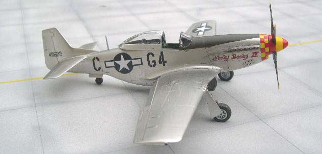 model P-51D airplane